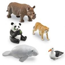 Jumbo Endangered Animals, Set of 5